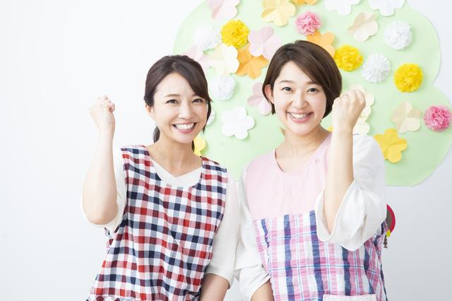 保育士_服装_エプロンジャージ