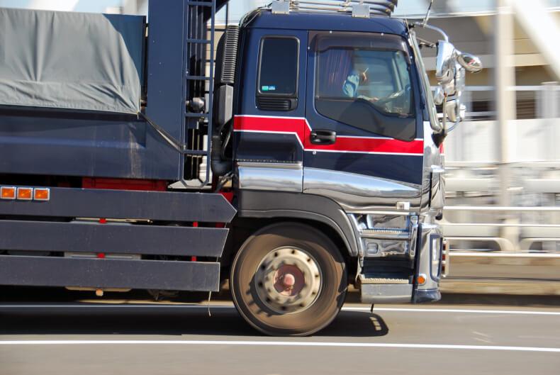トラック運転手の平均睡眠時間は?過酷な労働環境を徹底調査
